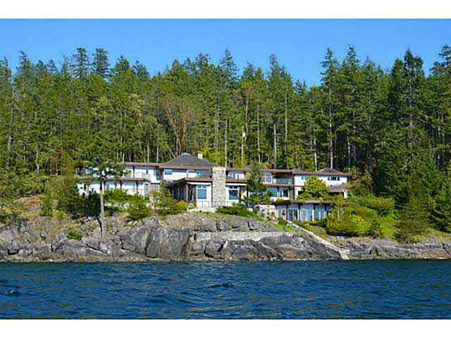 11579 SUNSHINE COAST HIGHWAY,