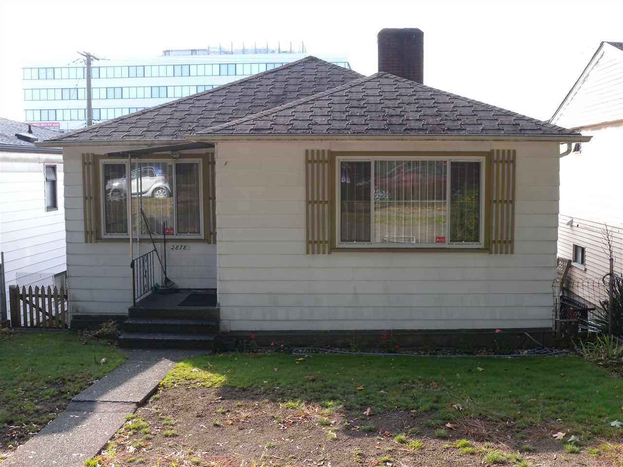 2878 E 10TH AVENUE, Vancouver