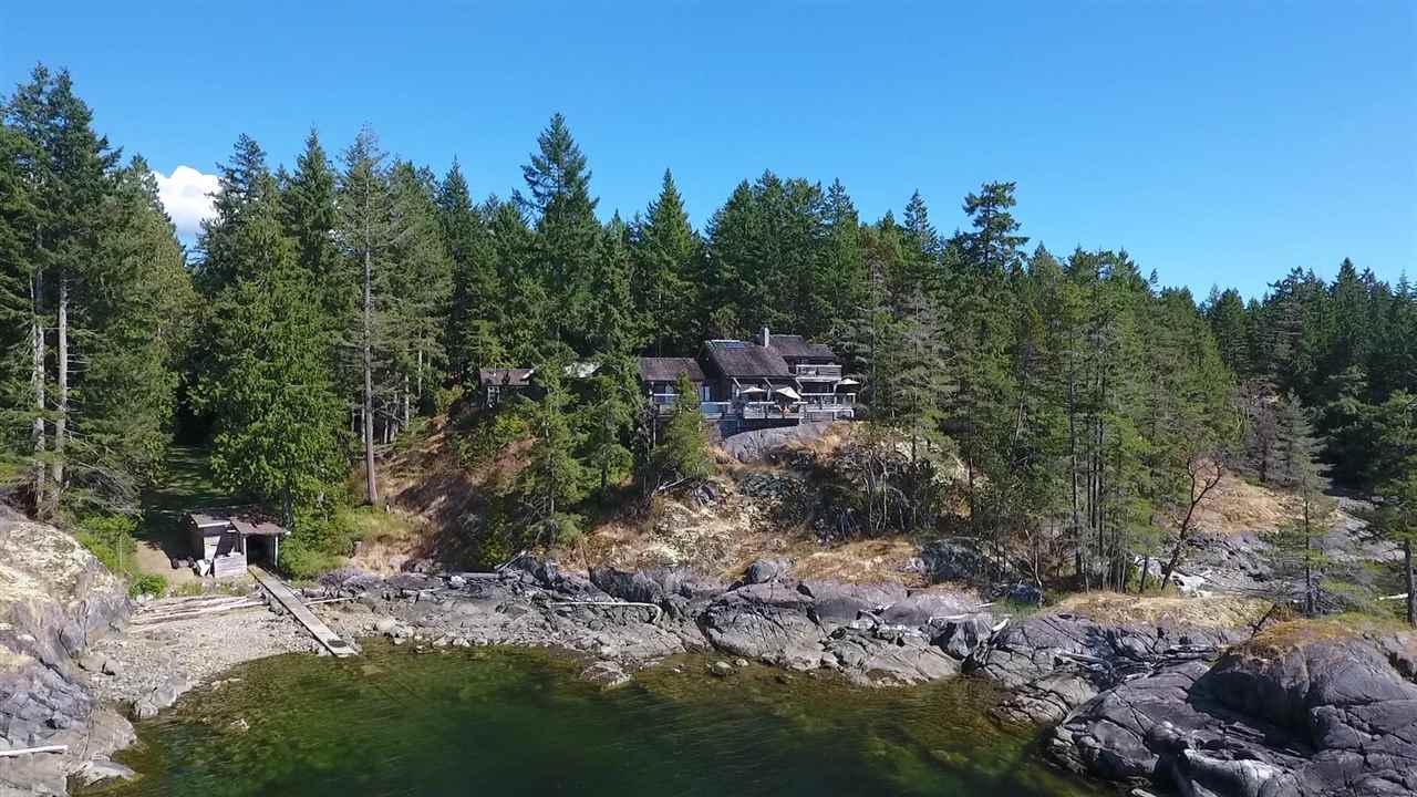 11565 SUNSHINE COAST HIGHWAY,