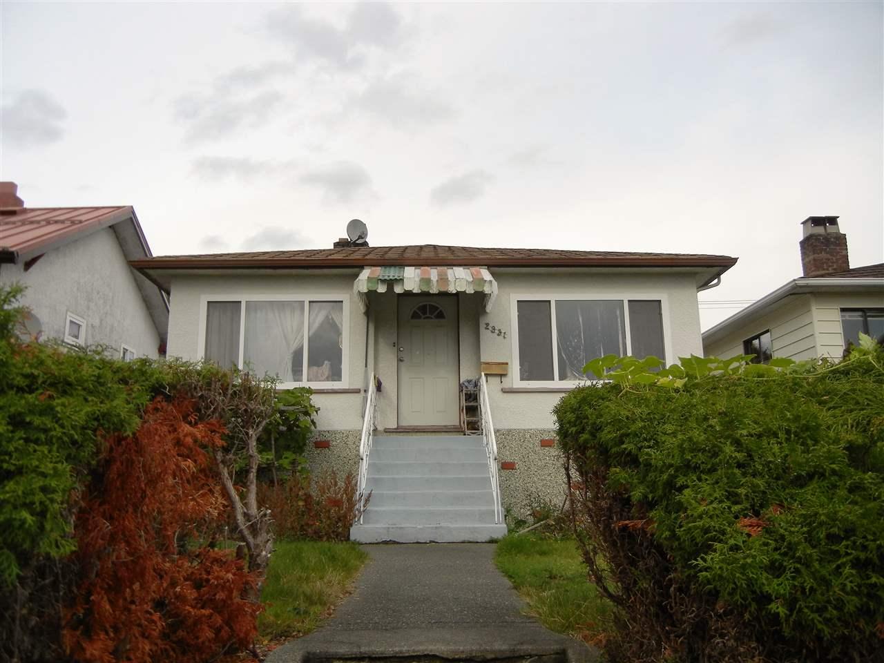 2831 E BROADWAY, Vancouver