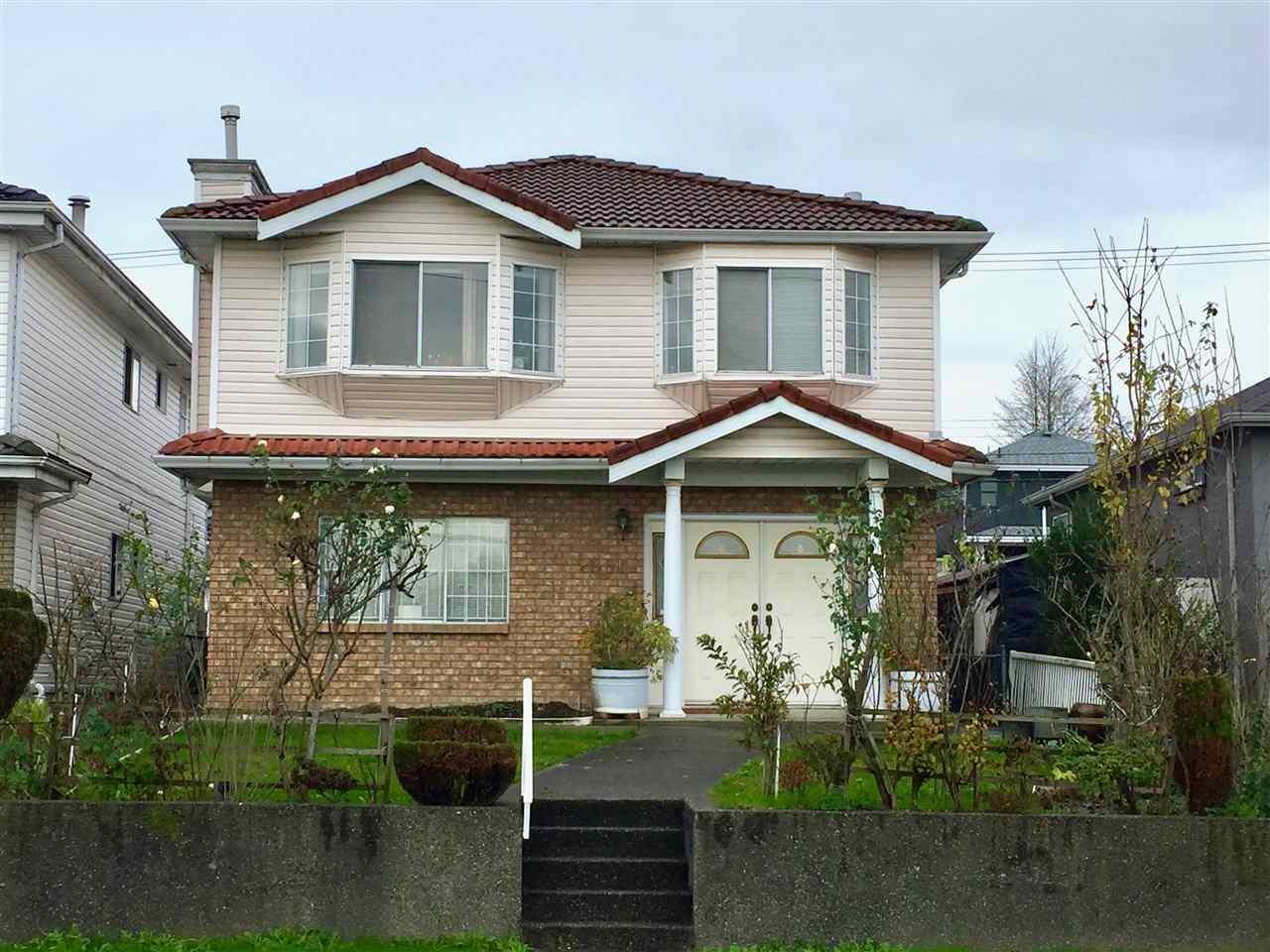 2861 E BROADWAY, Vancouver