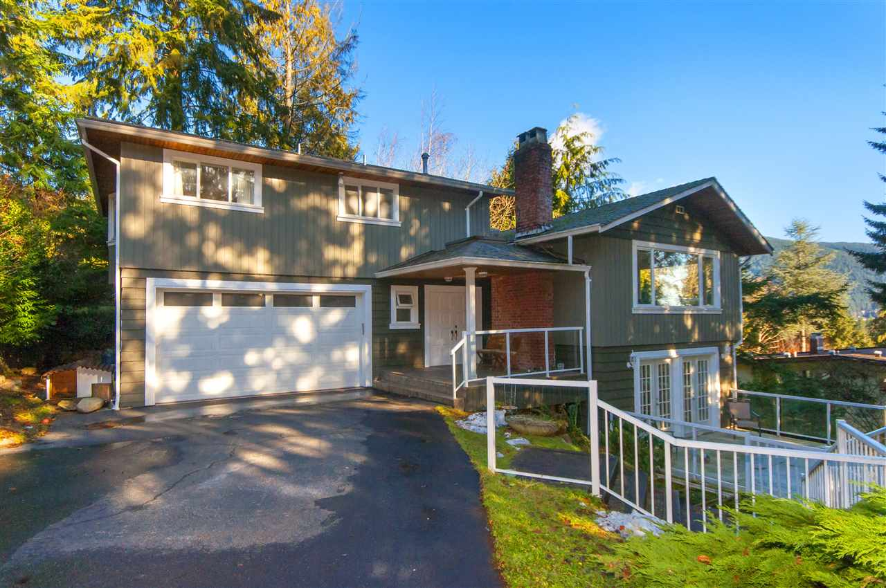 572 ST. GILES Glenmore, West Vancouver (R2129706)