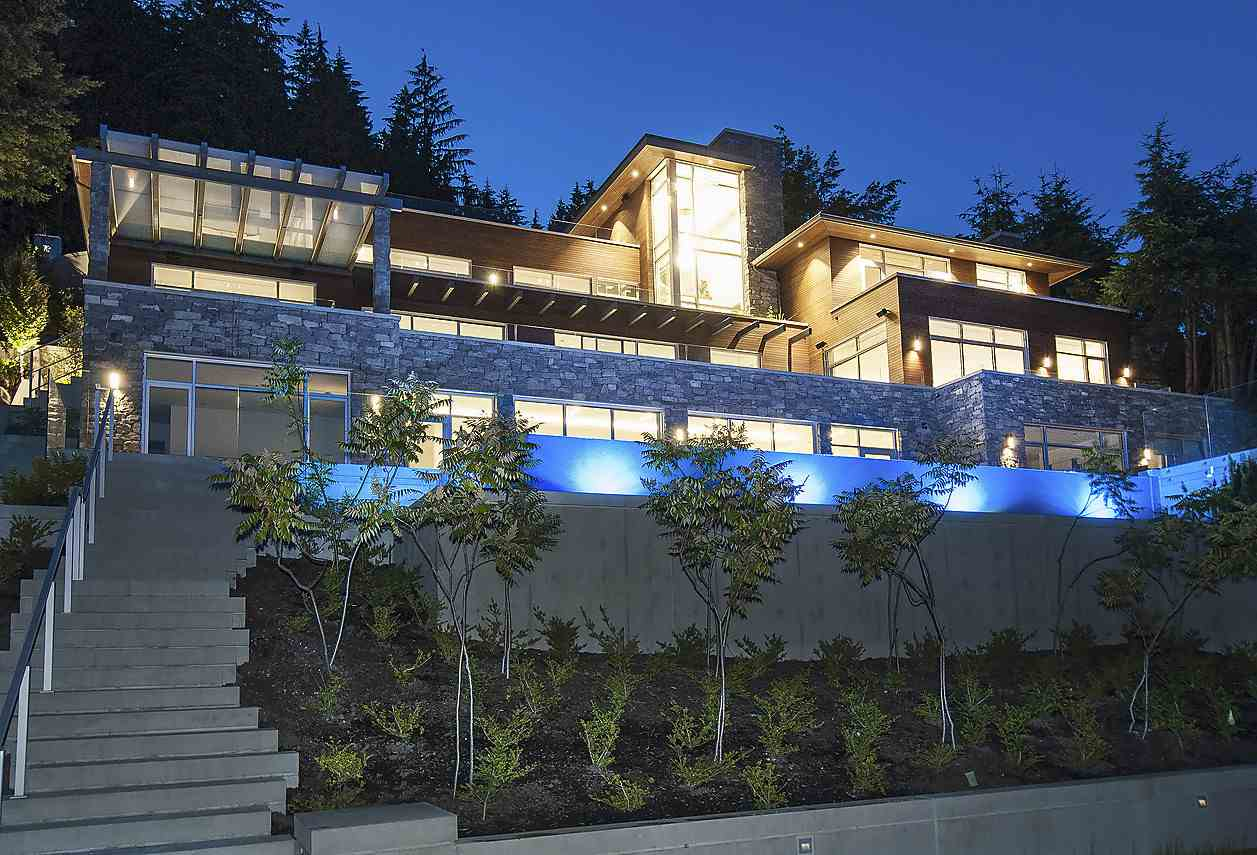 1116 MILLSTREAM ROAD, West Vancouver