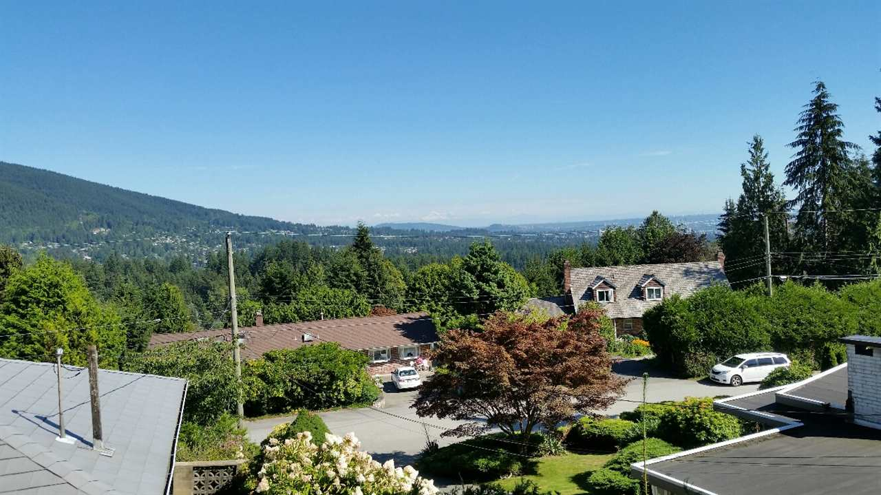 567 ST. GILES Glenmore, West Vancouver (R2140696)