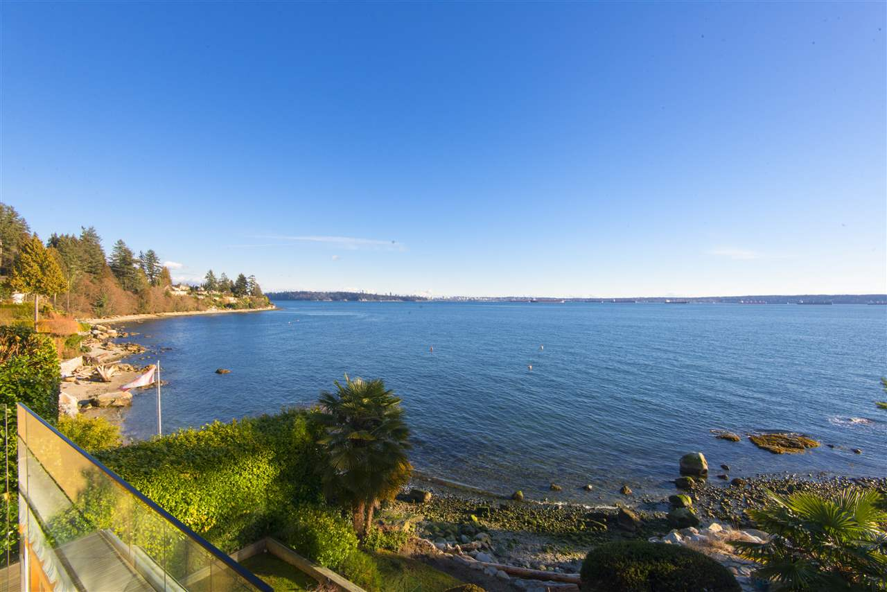 160 31ST STREET, West Vancouver