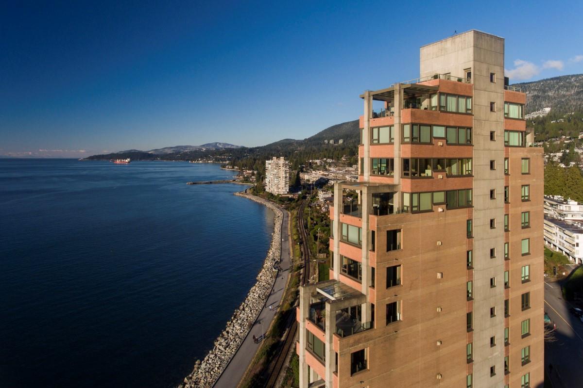 12 2250 BELLEVUE AVENUE, West Vancouver
