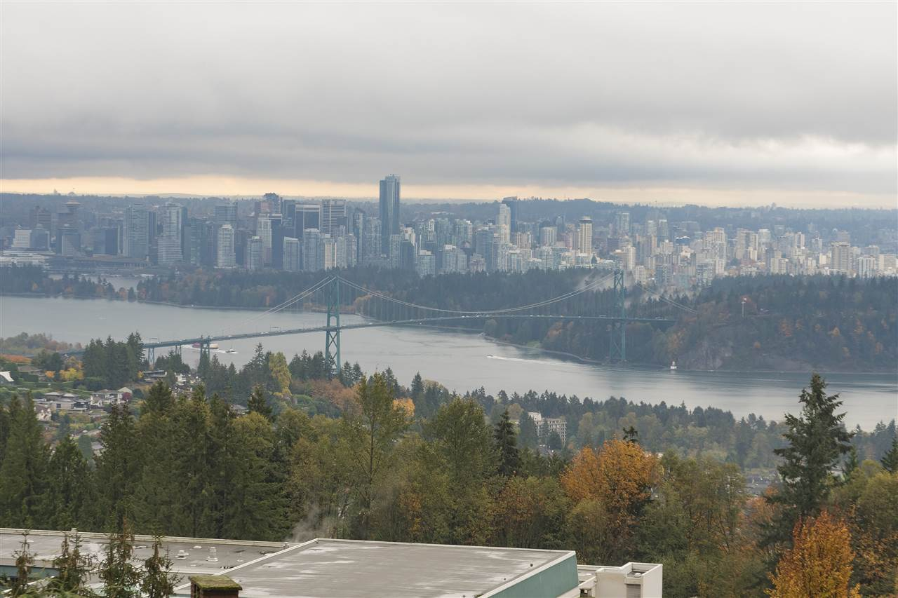 1335 CHARTWELL DRIVE, West Vancouver