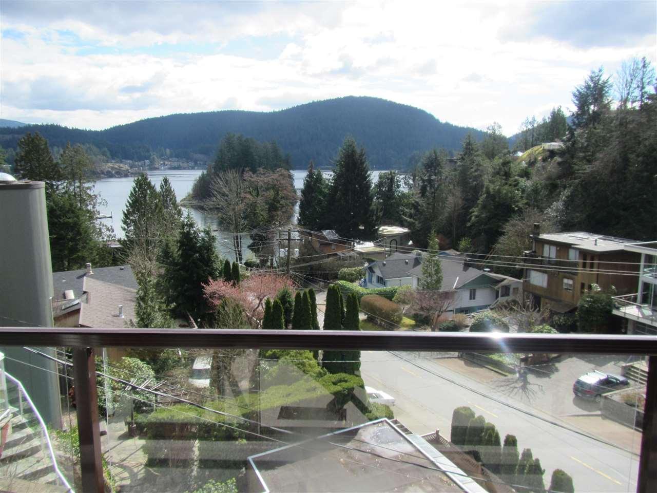 4514 STRATHCONA Deep Cove, North Vancouver (R2153151)