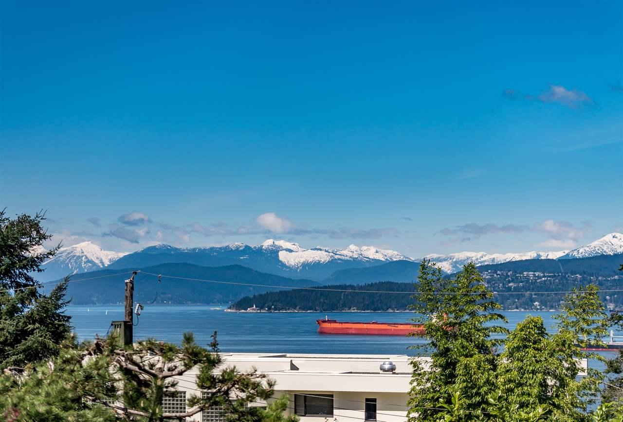 4818 FANNIN AVENUE, Vancouver
