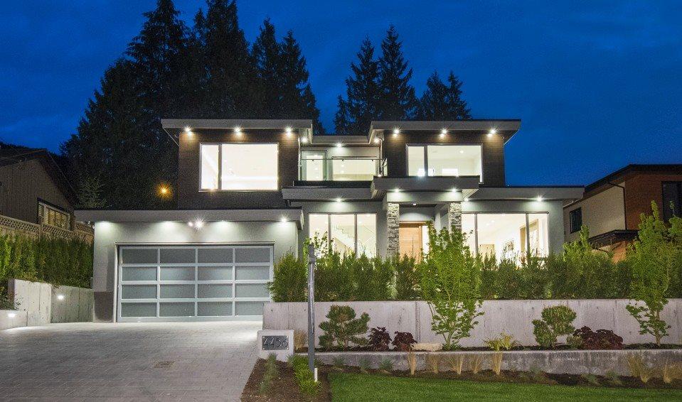 4456 RANGER AVENUE, North Vancouver