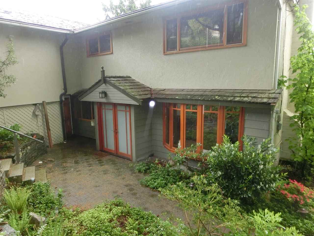 411 MONTROYAL BOULEVARD, North Vancouver