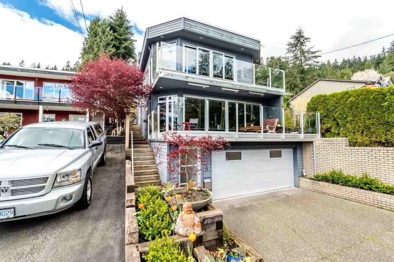 2355 PANORAMA Deep Cove, North Vancouver (R2158927)