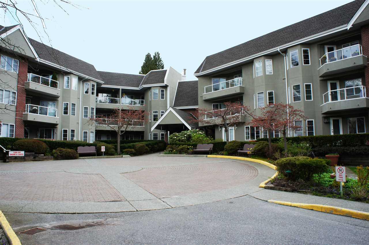 201 2020 CEDAR VILLAGE CRESCENT, North Vancouver