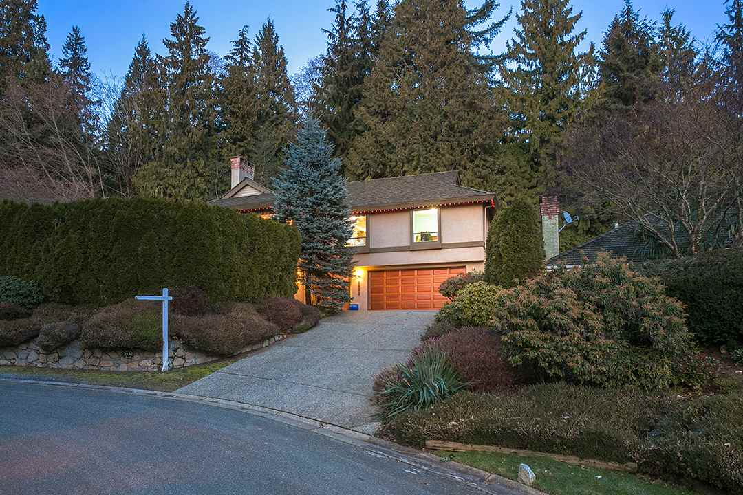 3932 SHARON Sandy Cove, West Vancouver (R2161062)
