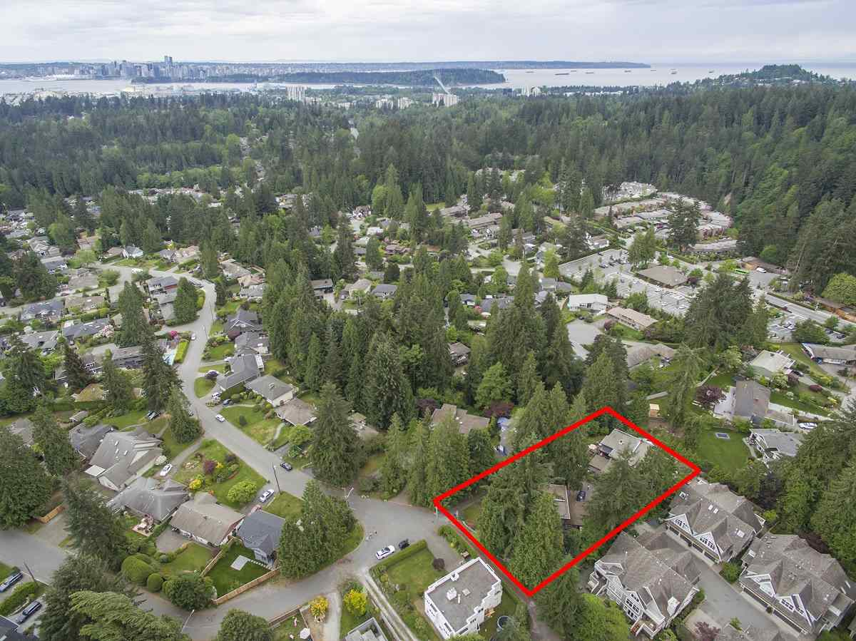 3695 BLUEBONNET ROAD, North Vancouver