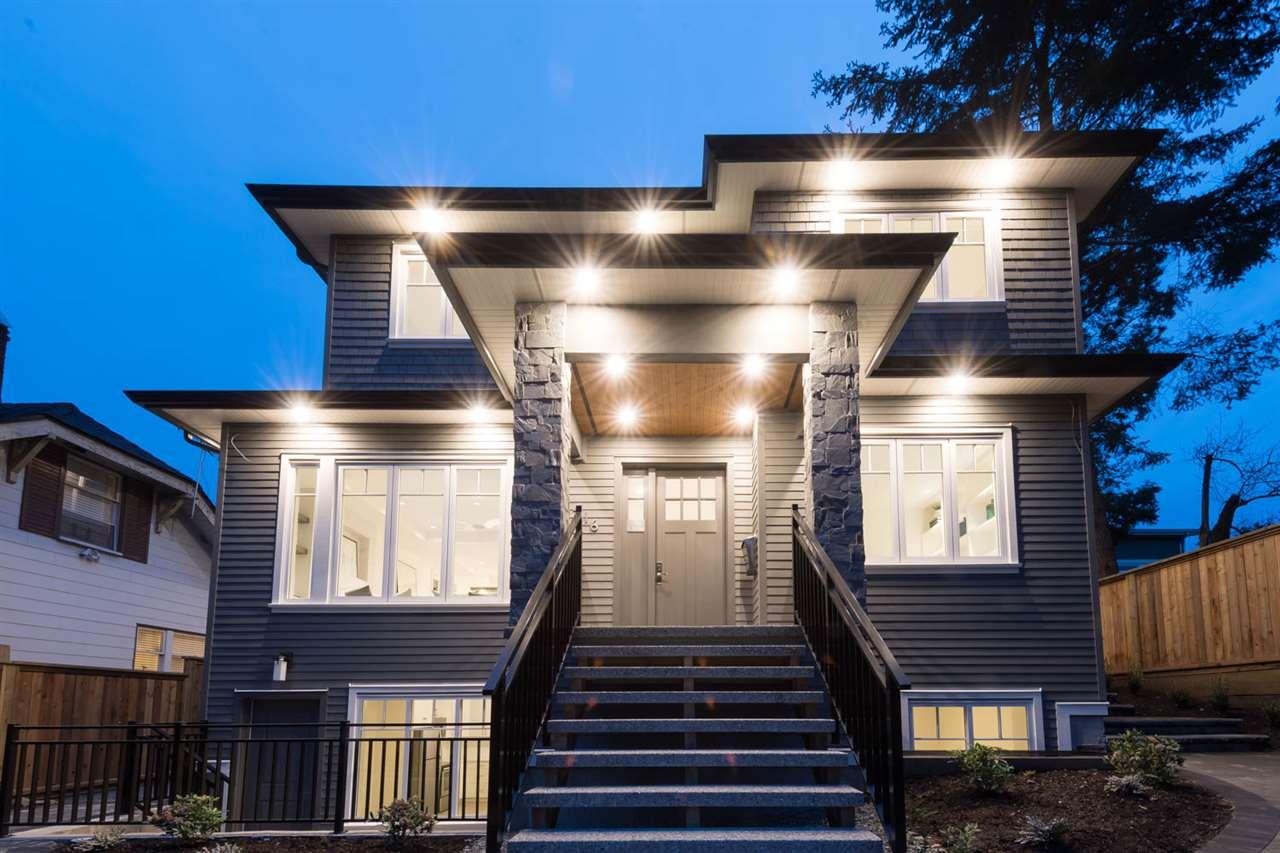 416 W 25TH STREET, North Vancouver