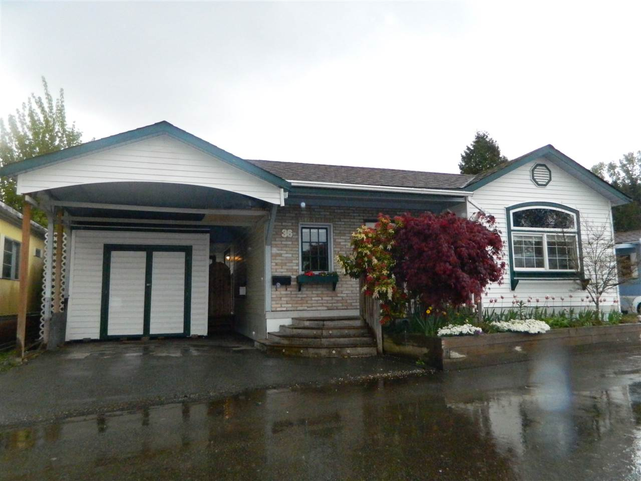 36 201 CAYER STREET, Coquitlam