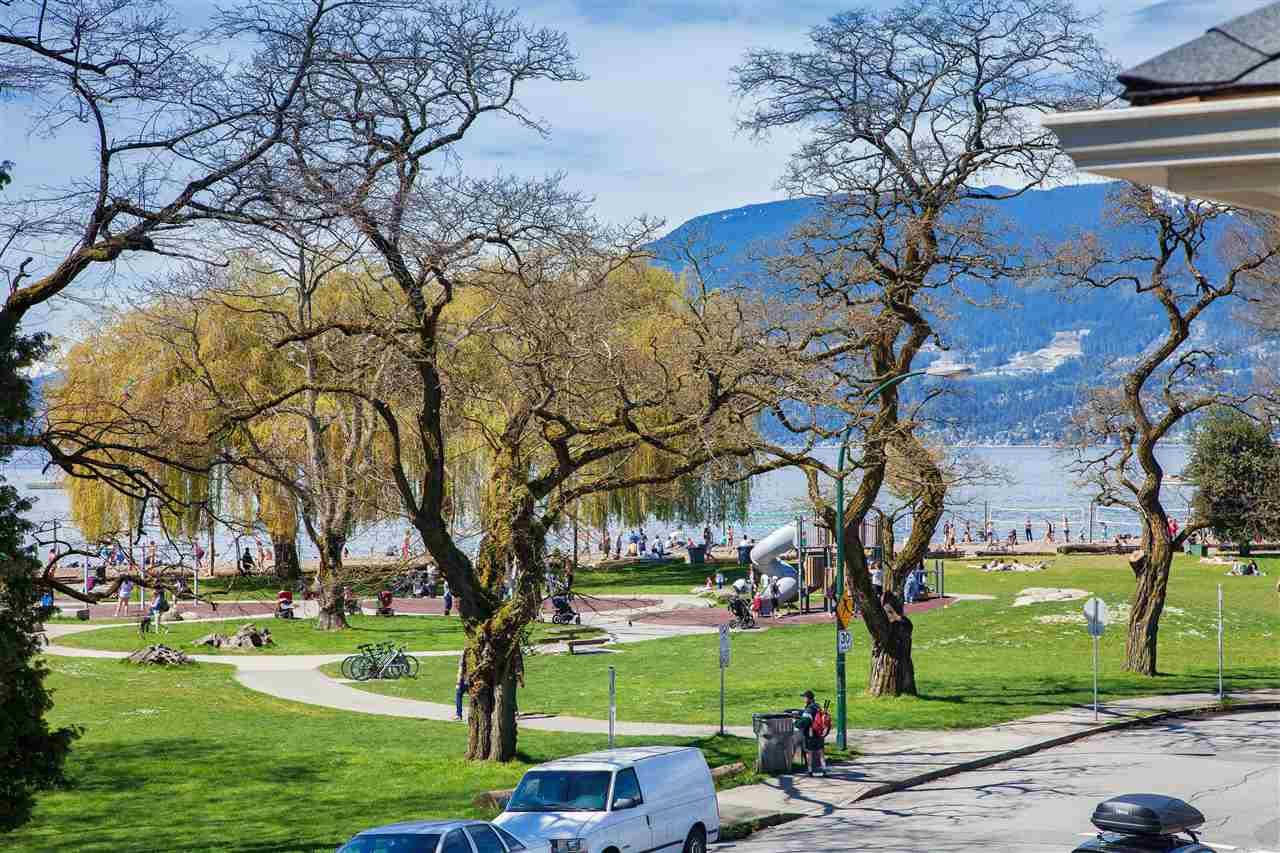 1324 ARBUTUS Kitsilano, Vancouver (R2165820)