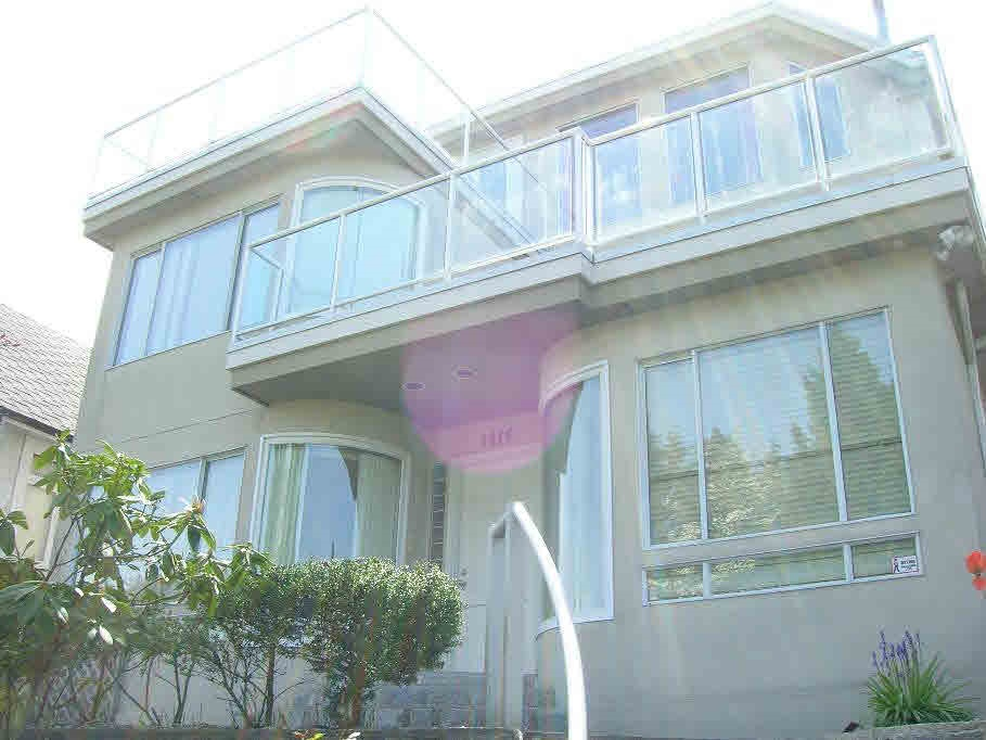 4416 W 4TH Point Grey, Vancouver (R2166152)