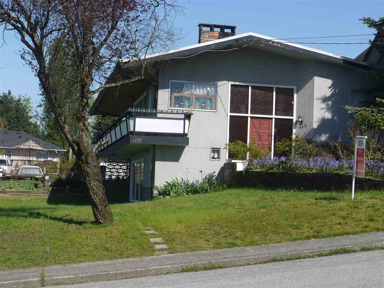 522 FADER STREET, New Westminster