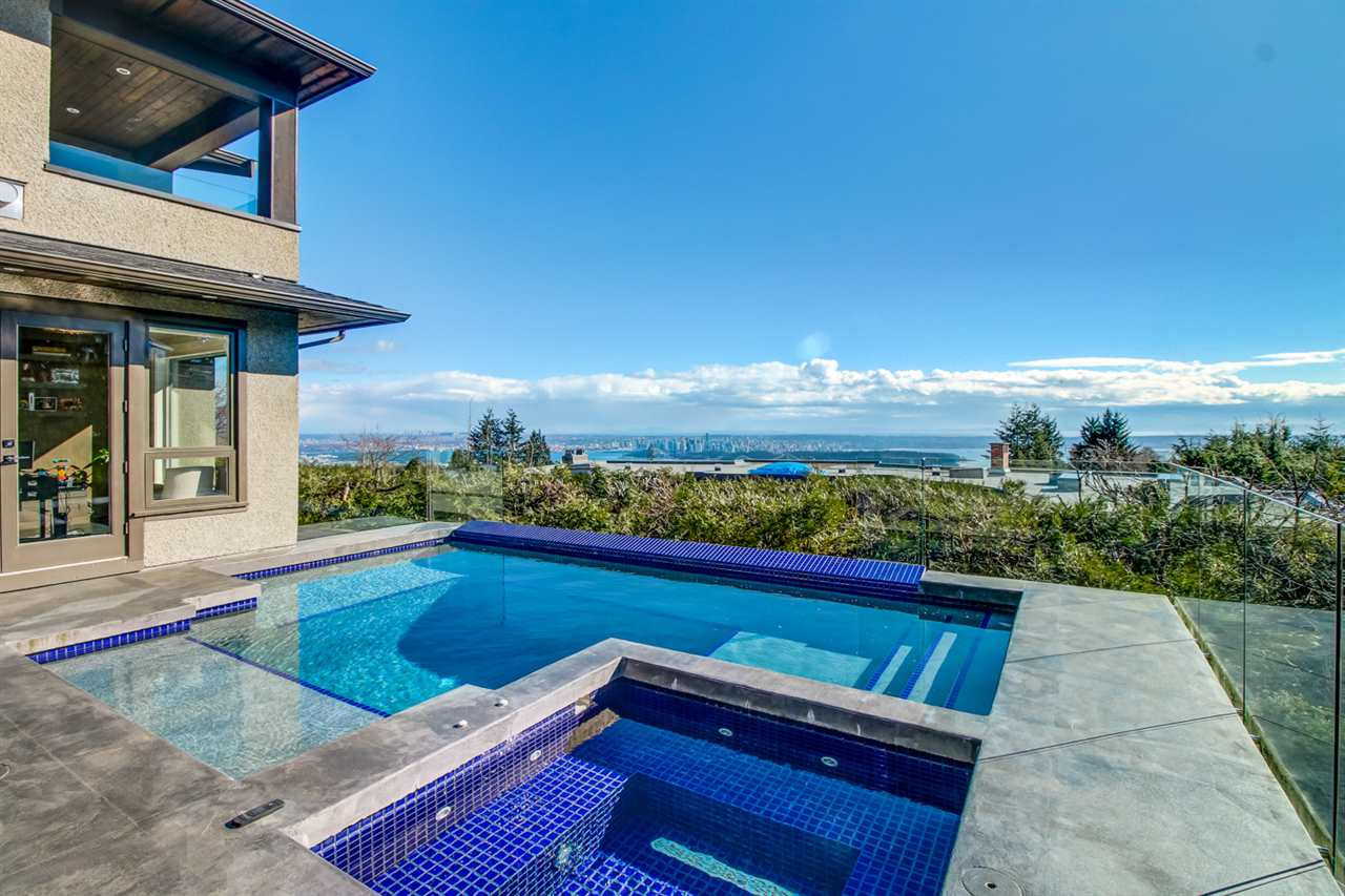 1108 HIGHLAND PLACE, West Vancouver