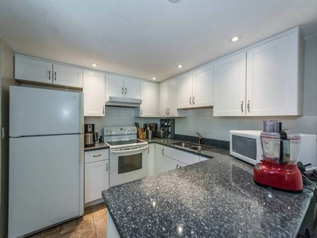 8518 WOODTRAIL PLACE, Burnaby
