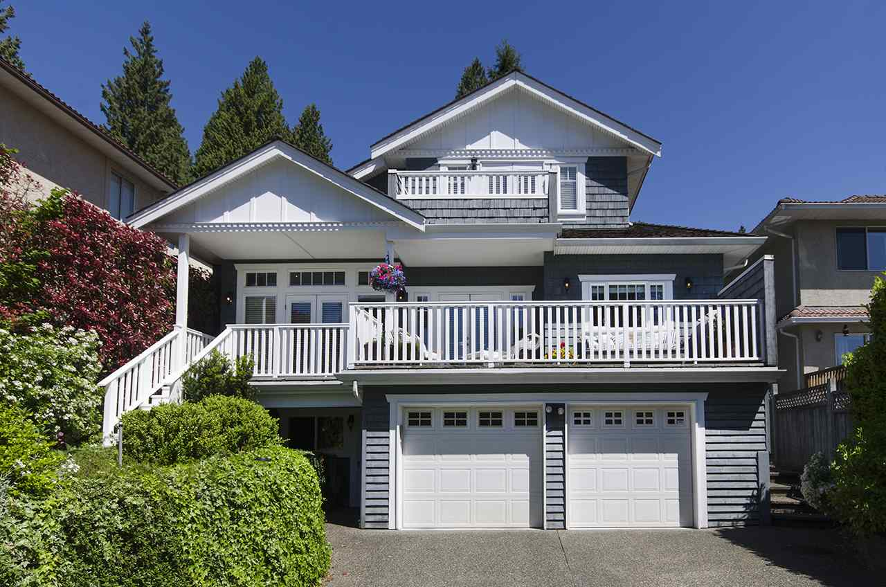 1378 MATHERS Ambleside, West Vancouver (R2170999)