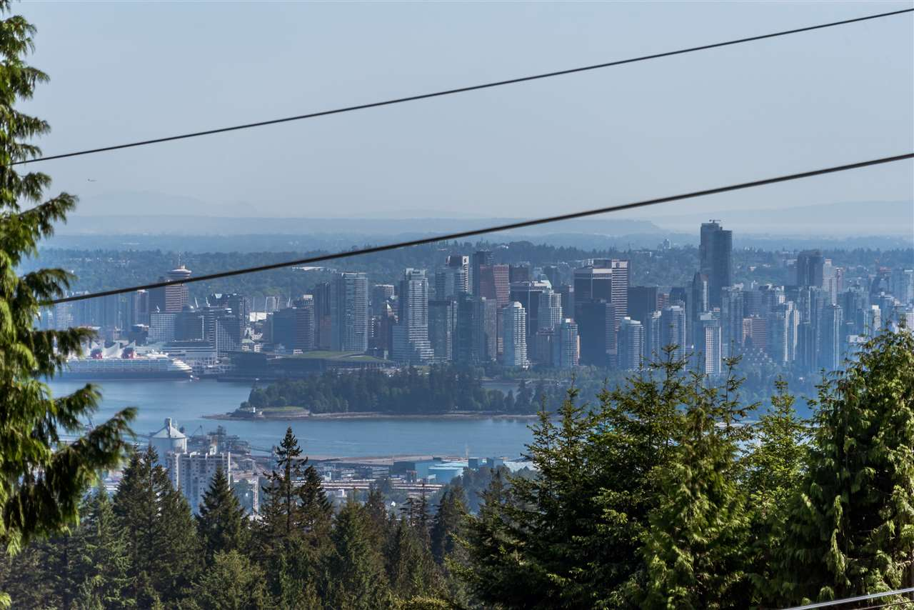 590 ST. ANDREWS Glenmore, West Vancouver (R2171168)