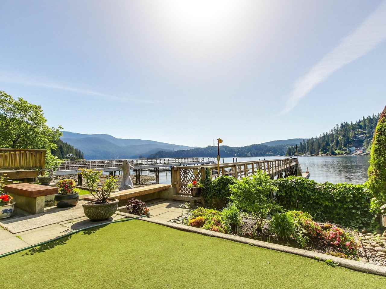 2578 PANORAMA Deep Cove, North Vancouver (R2172190)