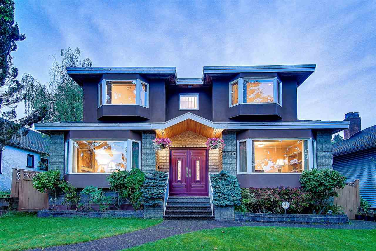 4255 W 15TH AVENUE, Vancouver