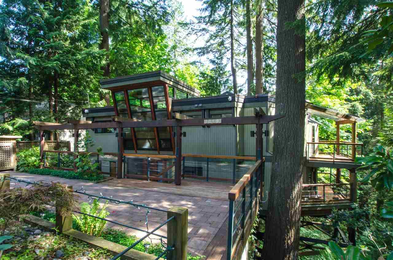1349 ELDON Canyon Heights NV, North Vancouver (R2175715)