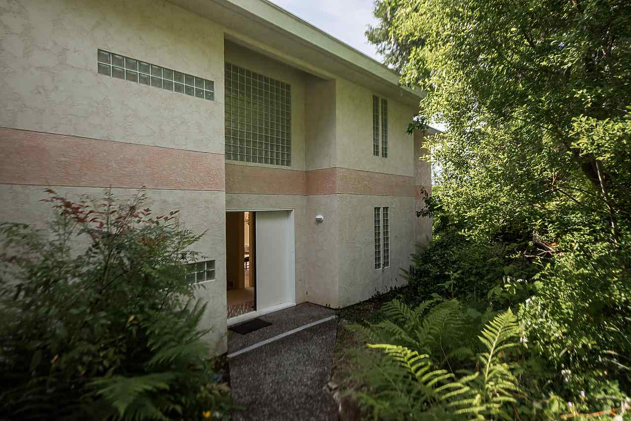 55 PERIWINKLE Lions Bay, Lions Bay (R2176337)
