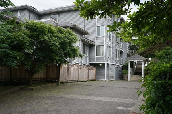 406 11671 FRASER STREET, Maple Ridge