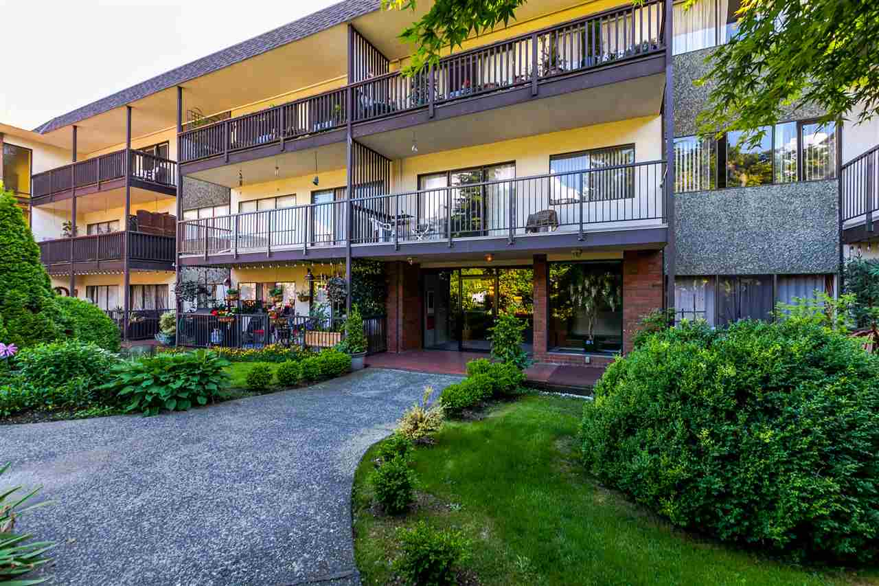 306 -  155 E 5TH #306 Lower Lonsdale, North Vancouver (R2176617)