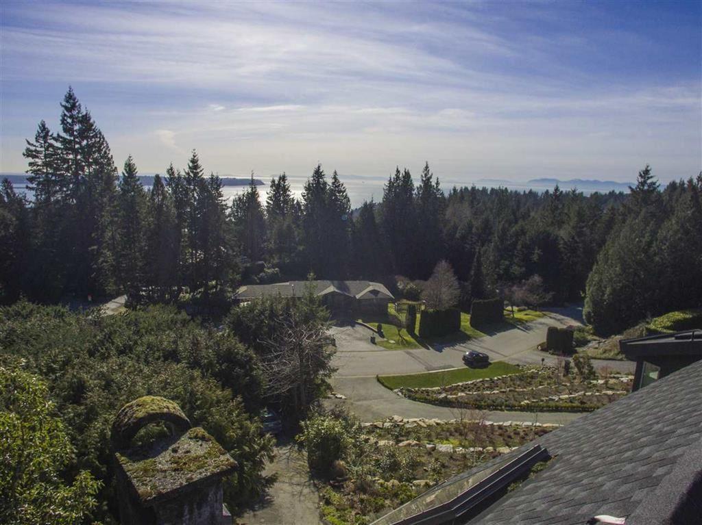 4607 WOODGREEN Cypress Park Estates, West Vancouver (R2177373)