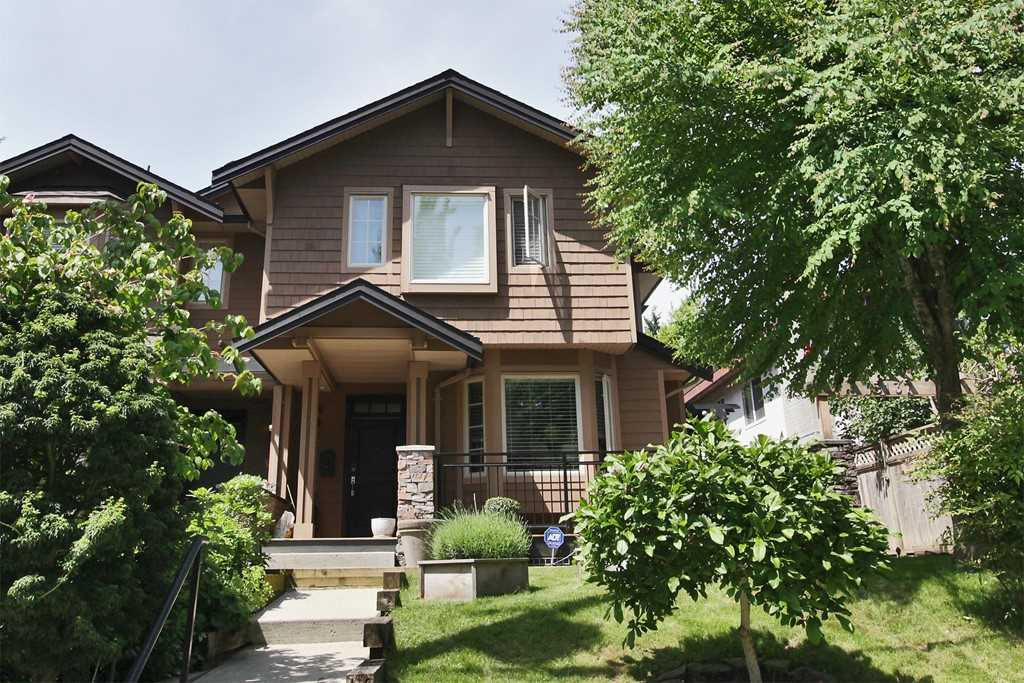 3137 SUNNYHURST ROAD, North Vancouver