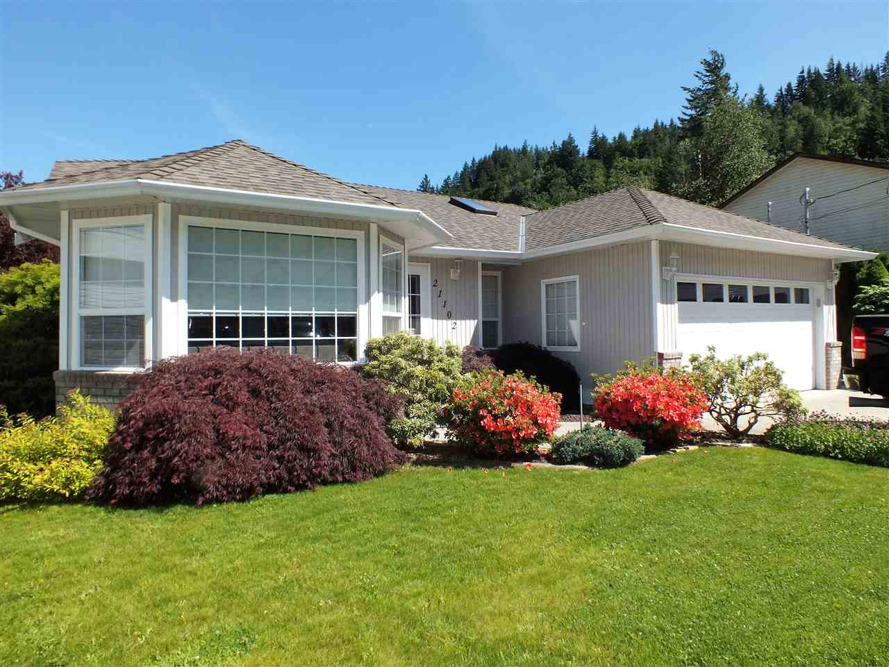 21102 LAKEVIEW CRESCENT, Hope