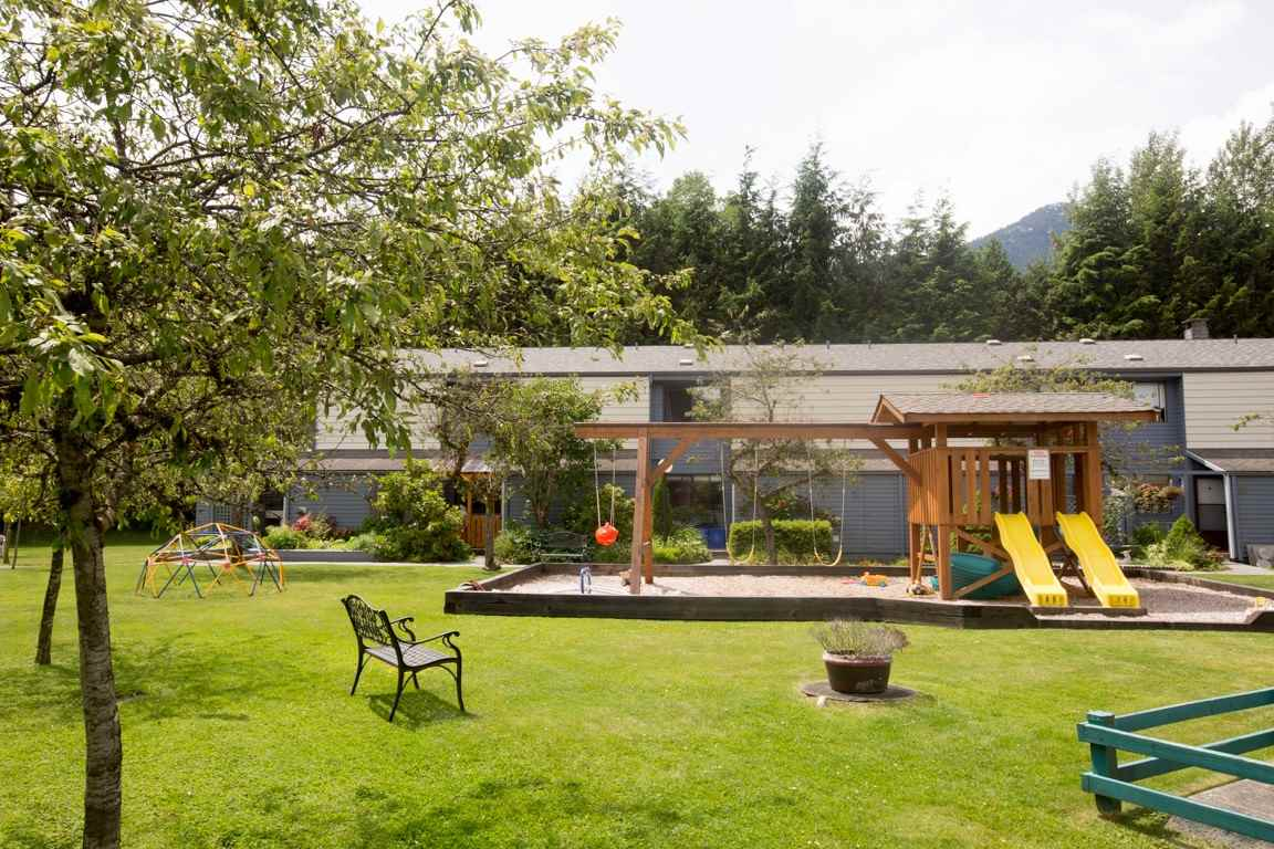 16 38455 WILSON CRESCENT, Squamish