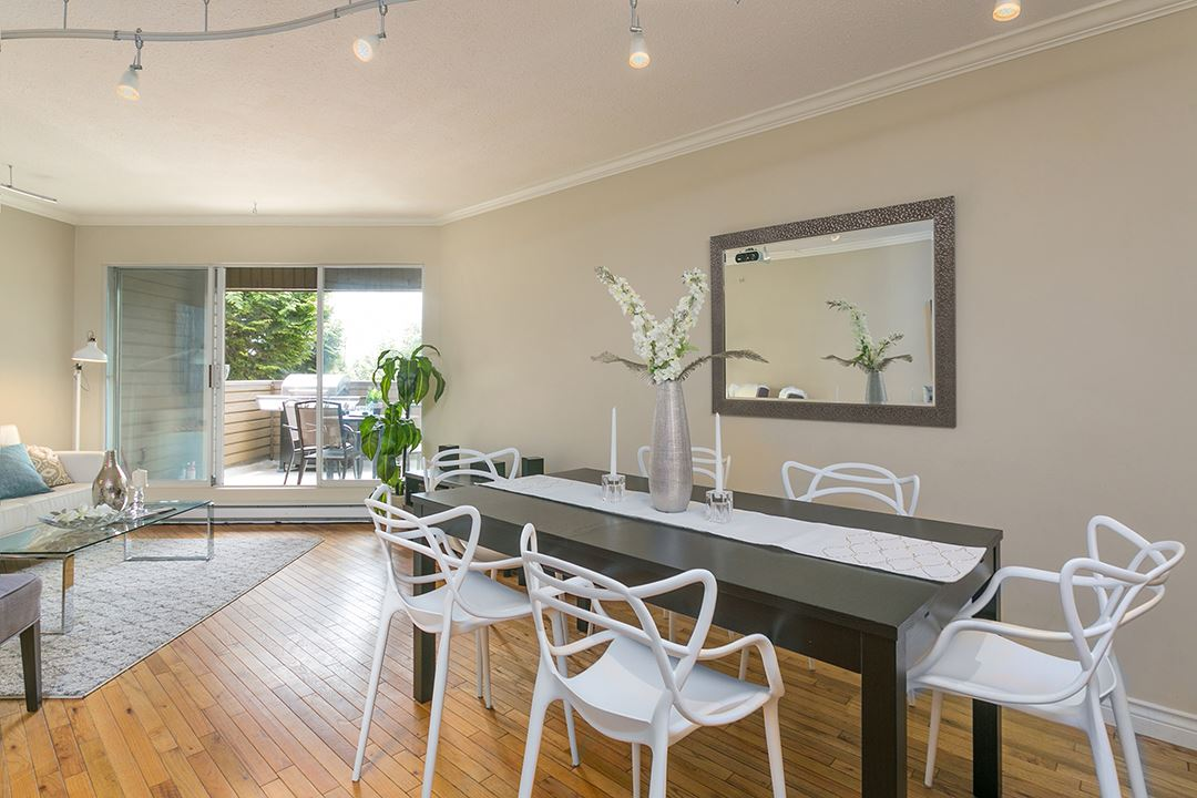 112 1910 CHESTERFIELD AVENUE, North Vancouver