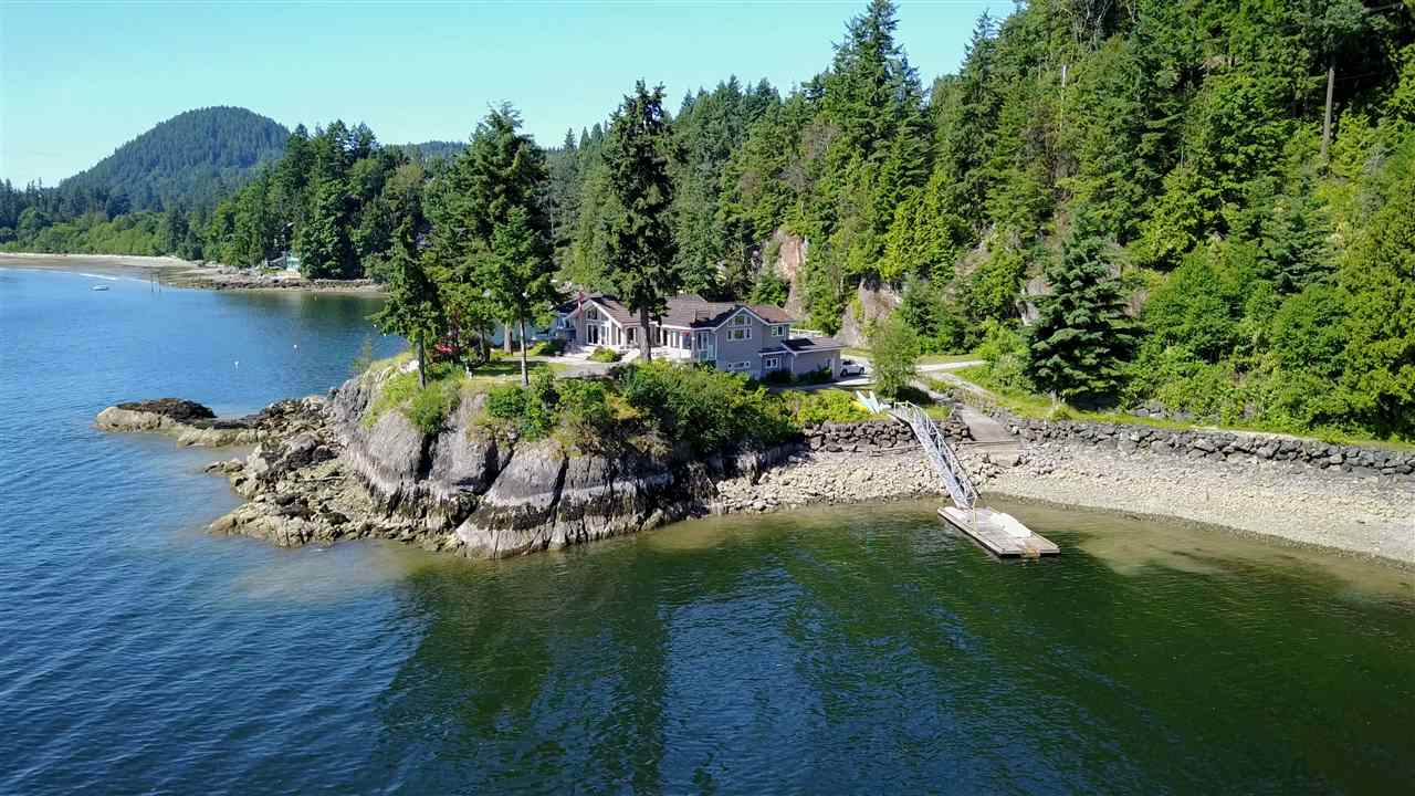 1574 SMITH ROAD, Gibsons