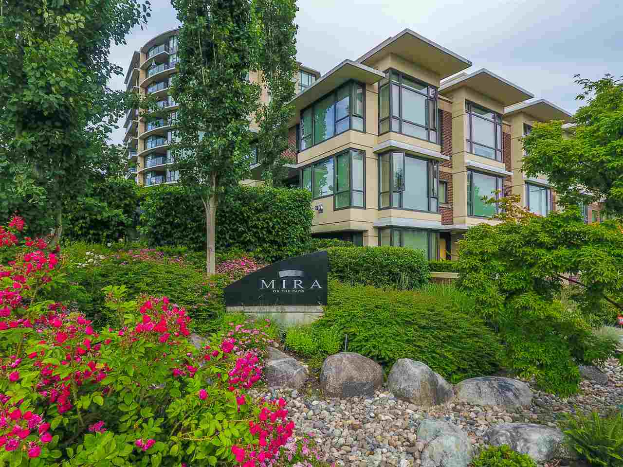 190 W 6TH STREET, North Vancouver