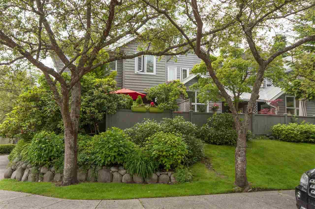 1503 BOWSER AVENUE, North Vancouver