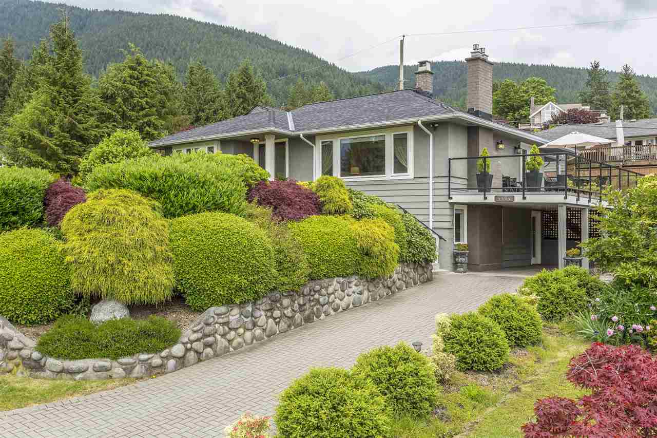 4484 CANTERBURY Forest Hills NV, North Vancouver (R2179199)