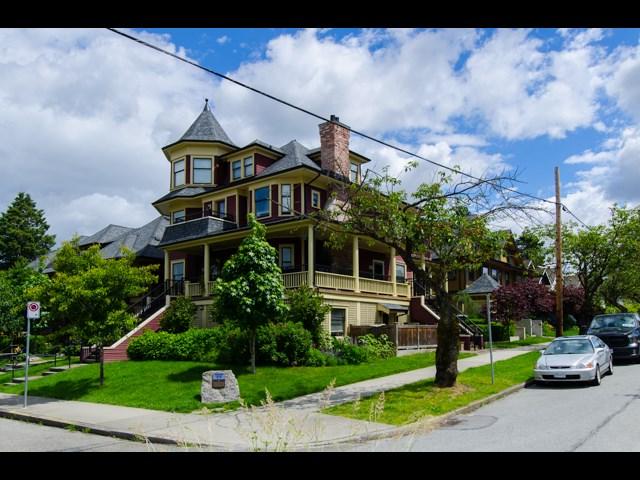 1819 CHARLES STREET, Vancouver