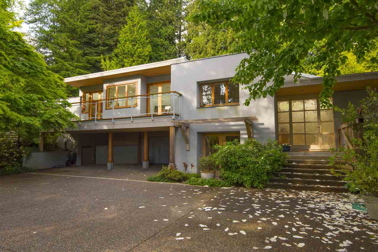 3069 MATHERS AVENUE, West Vancouver