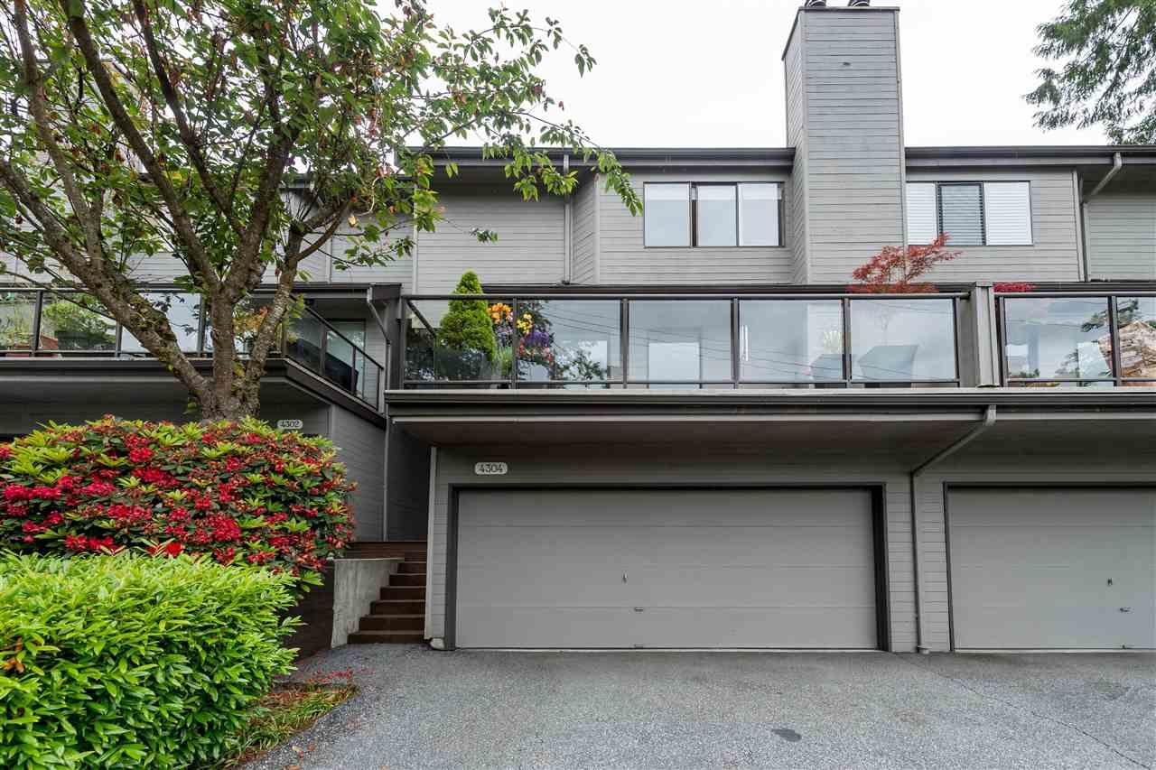 4304 NAUGHTON AVENUE, North Vancouver