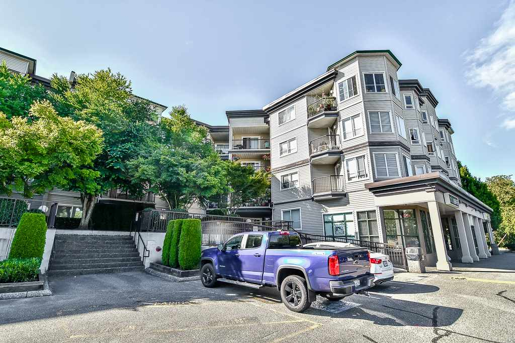 304 5765 GLOVER ROAD, Langley