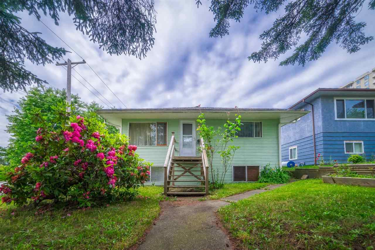 1221 FOURTH AVENUE, New Westminster