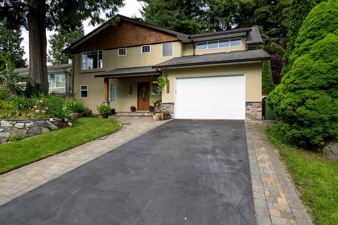 2636 HOSKINS ROAD, North Vancouver