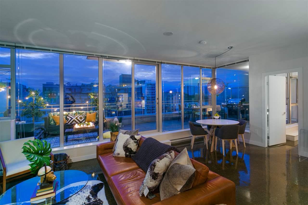 805 221 UNION STREET, Vancouver
